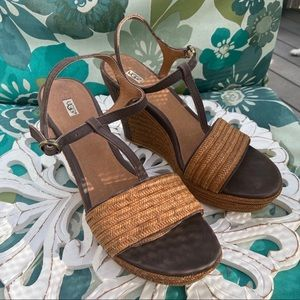 Ugg Wedge Sandals Shoes Women's 9.5
